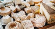 Le collectif Soutenons nos fromages, nos terroirs, nos producteurs est mobilisé pour éviter le gaspillage de plusieurs tonnes de fromages AOP-IGP, fermiers et de pays. CP : G.Blanchon/Cniel