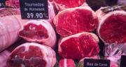 La consommation de viande bovine en France s'est à nouveau contractée en 2019, de 1,3 % sur un an. Viandes à bouillir ou à braiser, à rôtir ou à griller, viande hachée et autres produits élaborés…. toutes les catégories de viande bovine sont impactées par la baisse de consommation. CP : Delphotostock/Adobe Stock