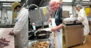 Maître restaurateur et abattoir proposent de la viande cuisinée ou des colis pour les soignants du Grand-Est. CP : DR