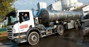 « En solidarité aux producteurs, les industriels et les distributeurs doivent renvoyer l'ascenseur par le paiement d'un juste prix du lait, et ce dès le mois de mai », explique la FNPL. CP : C.Helsly/Cniel