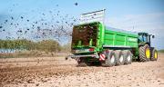 """Le maïs est une culture particulièrement intéressante pour valoriser les engrais de ferme. On observe ainsi que """"plus de 80% des parcelles de maïs fourrage reçoivent une fumure organique: un intérêt économique et environnemental appréciable"""", décrit le communiqué d'Arvalis."""