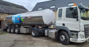 Les agriculteurs ont pour consignes de mettre à disposition des chauffeurs laitier un point d'eau, du savon et des essuie-mains jetables. ©Franck Linck
