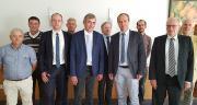 Les équipes d'Origenplus et Gènes Diffusion lors de la signature du pacte d'association. Photo : Gènes Diffusion