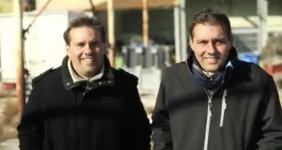 Philippe et Christophe Cambon sont à la fois jumeaux et producteurs d'huîtres et de moules.