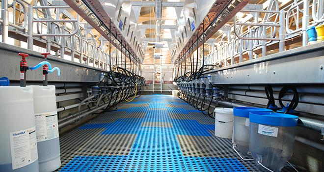 Un lait de qualité passe par un nettoyage de qualité. ©N.Tiers/Pixel6TM