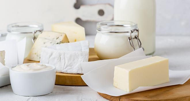 Tout comme ses voisin européens, la France concentre une majorité de ses exportations de produits laitiers vers les pays de l'Union européenne et se positionne moins bien sur les zones porteuses. ©istetiana/AdobeStock