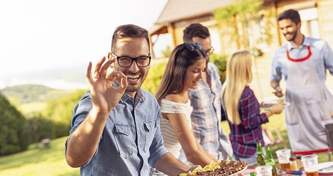 90 % des Français affirment que la viande fait partie des aliments qu'ils prennent plaisir à manger ! ©Impact Photography/AdobeStock