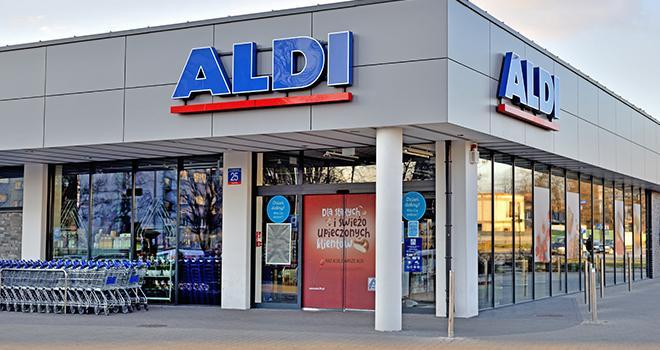 Aldi s'engage pour un meilleur prix du lait avec LSDH et APLBC. ©Thomasz Warszewki/AdobeStock