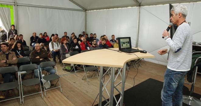 le Salon de l'herbe et des fourrages propose à partir de ce jour six conférence en ligne et deux vidéos. CP : Le Salon de l'herbe et des fourrages