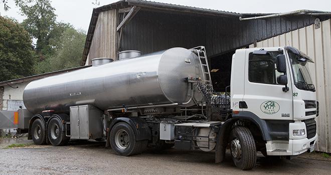 En cumul sur l'année 2017, le volume de lait collecté dépasse de 0,3% le niveau de 2016.