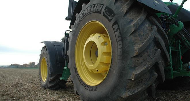 bien choisir ses pneus pour pr server le sol mon cultivar levage. Black Bedroom Furniture Sets. Home Design Ideas