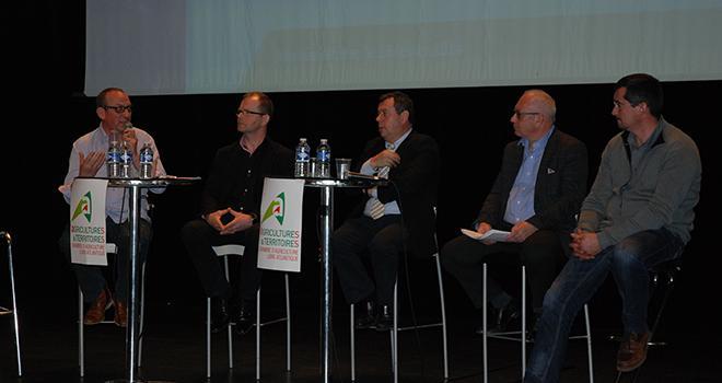 """Également autour de la table ronde, André Bonnard de la FNPL pense qu'après 2015, nous allons vivre une chose nouvelle: la mobilité des producteurs. """"On changera de client, voire de production."""""""