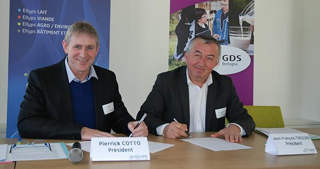 Pierrick Cotto, président d'Eilyps (à gauche) et Jean-François Treguer, président du GDS Bretagne ont signé la convention le 9 février au siège d'Eilyps à Pacé (Ille-et-Vilaine).