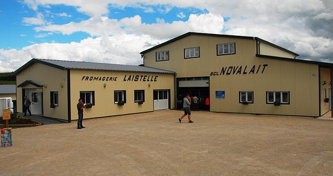 La fromagerie Laistelle collée au bâtiment de la SARL Novalait.