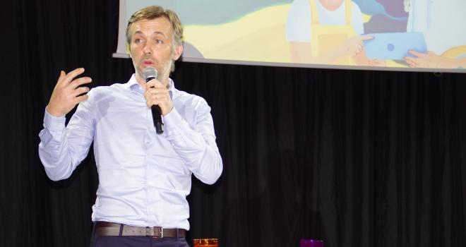 Etienne Duthoit dirige l'entreprise française Vital Meat, une start-up en agriculture cellulaire. CP : M-D.Guihard/Pixel6TM